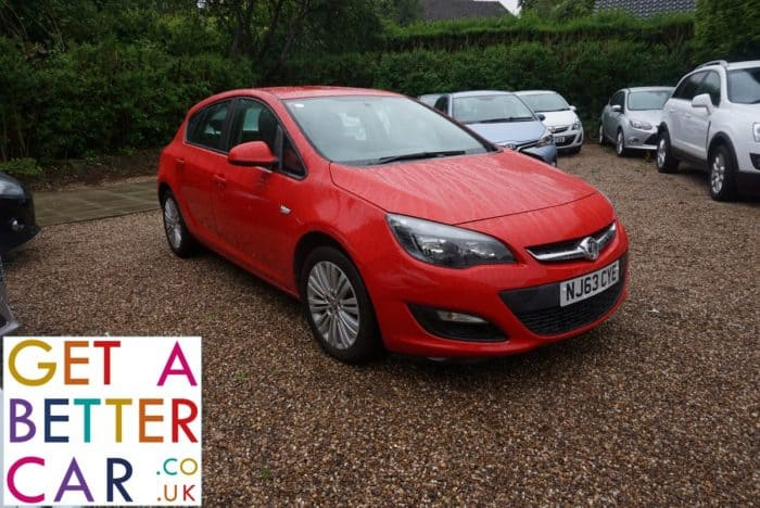 VAUXHALL ASTRA 1.4 ENERGY – RED (2013)