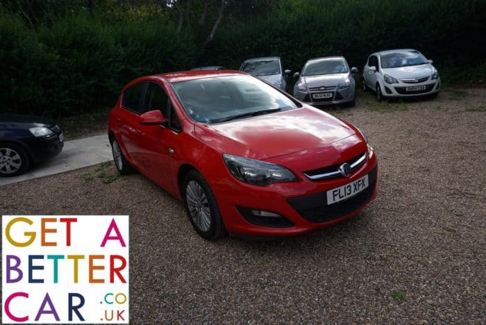 VAUXHALL ASTRA 1.6 ENERGY – RED (2013)