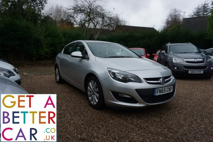VAUXHALL ASTRA 1.6 TECH LINE – SILVER (2015)
