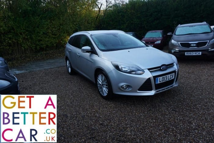 FORD FOCUS ESTATE 1.6 ZETEC – SILVER (2013)